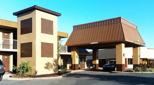 Hotels In Garden City Ks >> Magnuson Hotel Red Baron Magnuson Hotels